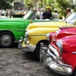 初めて・買い替えの車選びのポイントは「色」!命を守る車の色とは