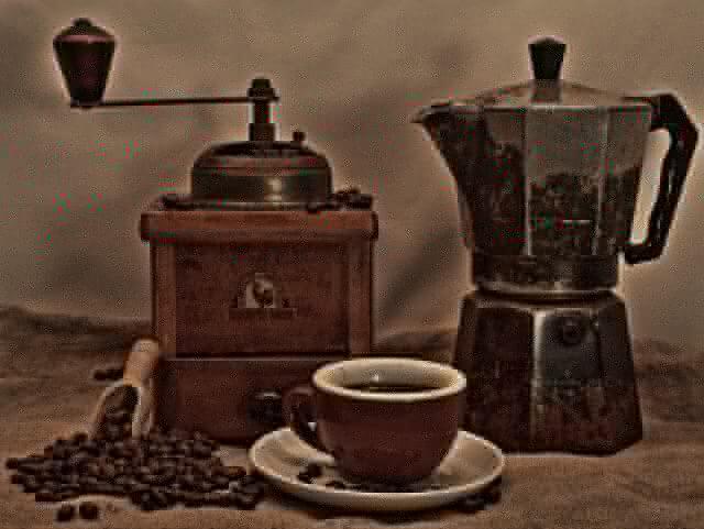 色彩心理学で節約!おうちコーヒーを0円でおいしくする超簡単な方法