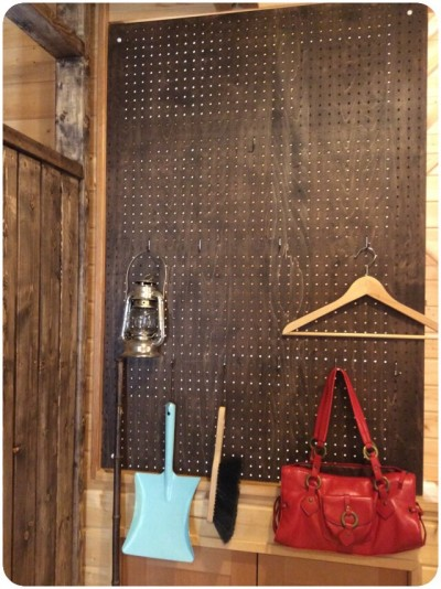 有孔ボードで壁面収納DIY