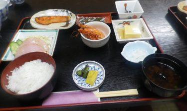 三重のおすすめ民宿つかさ亭の朝食の写真画像